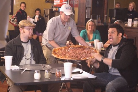 carnivore pizza on man vs food