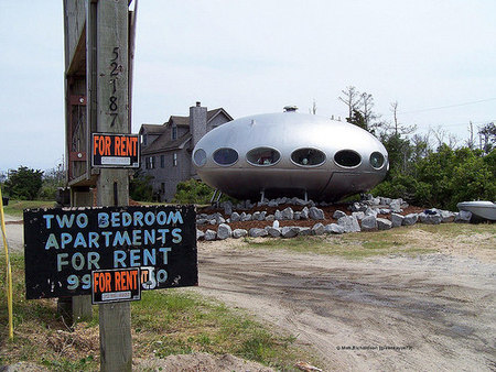 spaceship for rent