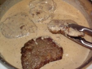 steak-and-milk-gravy