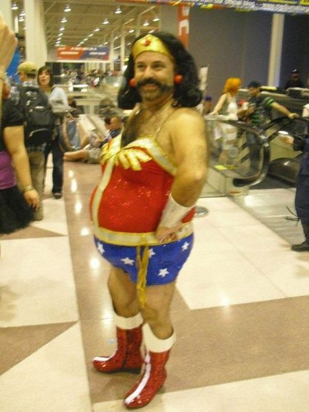 costume – man dressed as Wonder Woman – gross