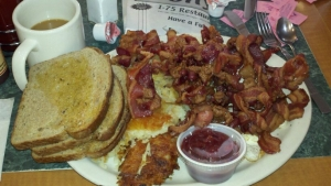 This breakfast platter from Tony's I-75 restaurant in Birch Run, MI, has 1 pound of bacon.